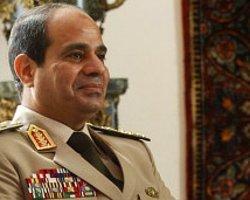 Sisi: Halk İsterse Cumhurbaşkanlığına Aday Olurum