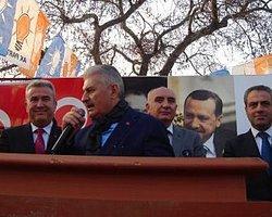 Binali Yıldırım'a İzmir'de Protesto Şoku