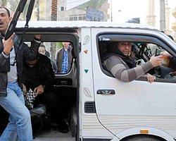 Mısır'daki Gösterilerde Kan Aktı