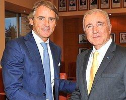 Aysal, Mancini'yi Mest Etti