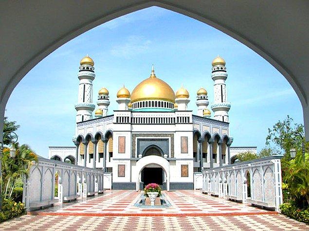 8. Jame Asr Hassanil Bolkiah Camii