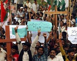 Pakistan: İngiliz Vatandaşına 'Allah'a Küfür' Cezası