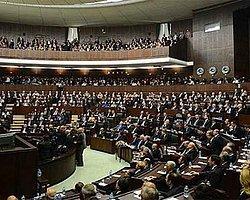 AKP'li Vekiller Hırsız Diyen Her CHP'li Vekile Dava Açacak