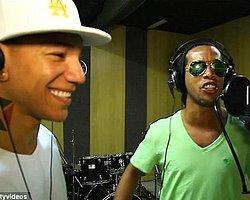 Ronaldinho'nun Keyfi Yerinde
