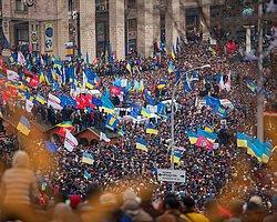Ukrayna'da Protesto Yasağı Kaldırıldı