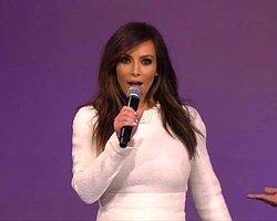 Kim Kardashian Şarkı Söyledi Sosyal Medya Yıkıldı