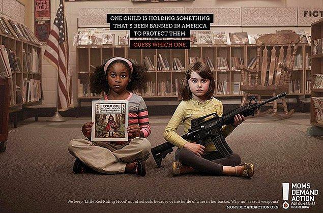 12. Moms Demand Action: Bu çocuklardan birisi onları korumak adına ABD'de yasaklanan bir şeyi tutuyor. Bilin bakalım hangisi?