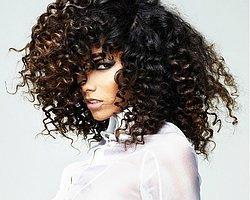 Kıvırcık Saçlı Kadınlar İçin Kolayca Uygulanabilen Saç Modelleri