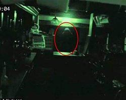 Hayalet Güvenlik Kamerasına Takıldı!