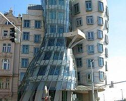 Dünyanın En Tuhaf On Binası