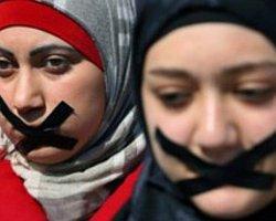 Mısır: Gazetecilerin 'Terör İddiasıyla' Yargılandığı Ülke