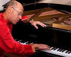 Ünlü Piyanist David Helfgott İstanbul'a Geliyor!