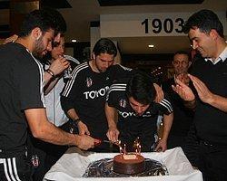 Beşiktaş'ta Derbi Öncesi Kutlama