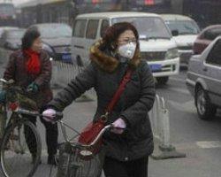 'Hava Kirli' Diyen Çinli Yerel Yetkililere 'Dava Açtı'