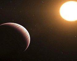 Güneş Sistemi Dışındaki Dev Gezegende Su Bulundu