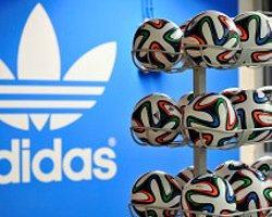 Adidas 'Seksi' Tişört Satışını Durdurdu