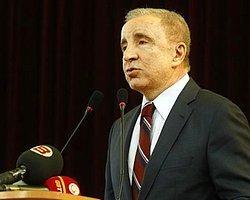 Galatasaray Kongresi Ertelendi