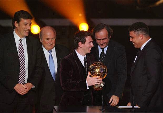 """""""Ballon D'or 10 Yıl Daha Messi ve Ronaldo Çekişmesine Sahne Olacak"""""""