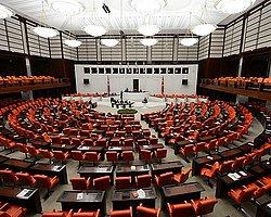 """Demokratikleşme Paketi"" Kabul Edildi"