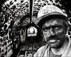 Umut Oran'dan Recep Tayyip Erdoğan'a Madencilik Sektöründeki Ruhsat Krizinin Mimarı Erdoğan'a 5N1K Aykırı Sorular