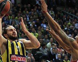 Fenerbahçe Liderin Karşısında