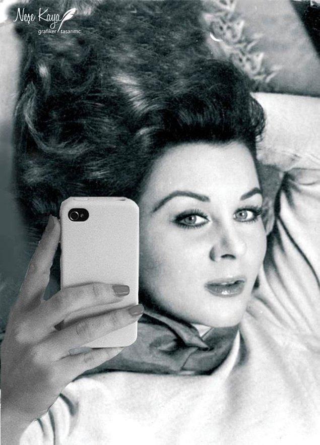 Yeni makyajımla bir selfie yapalım.