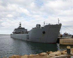 Kaçak Tanker Libya Başbakanı'nın Başını Yedi