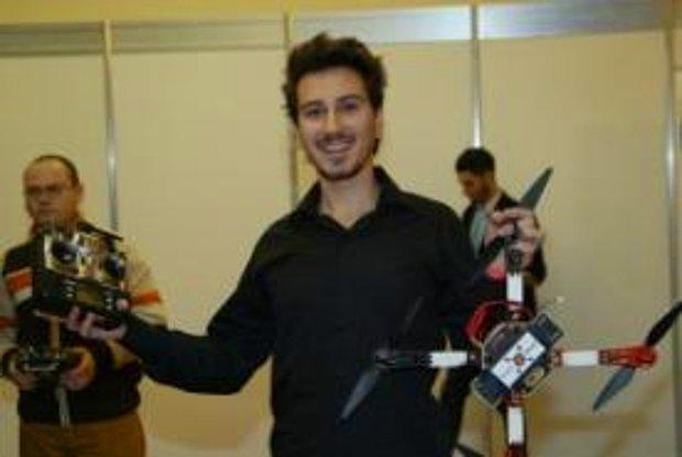 Romanya'da Türk Üniversitesi Öğrencilerinden Robot Şov