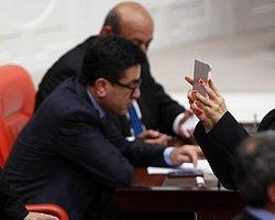 Meclis Tv Yayını Kesti, CHP'li Vekil Melda Onur İnternet Yayınına Başladı