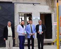 CHP'liler Genelev Çalışanlarını Ziyaret Etti, Oy İstedi