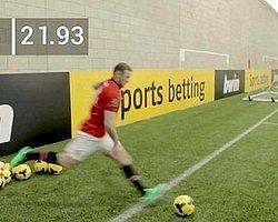 Rooney Takım Arkadaşlarıyla Yarışa Girdi!