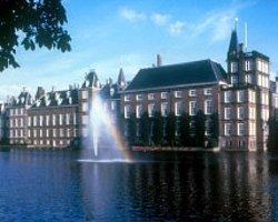 Twitter Yasağı Hollanda Parlamentosu'nda