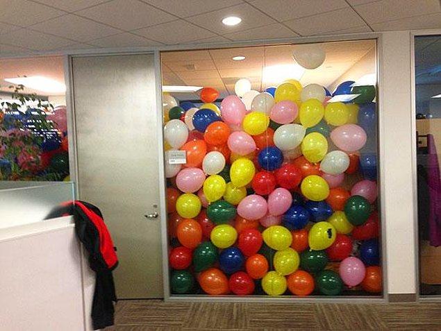 18. Patronunuzun odasına balonlar doldurun