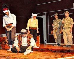 'Çanakkale' Oyunu Kürtçe Sahnelendi