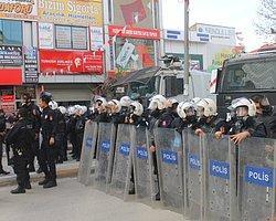 Van'da AKP Mitinginden Sonra Olaylar Çıktı, 1 Kişi Ağır Yaralandı