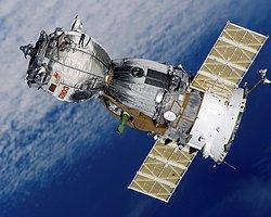 Soyuz Uzay Aracı Motor Arızası Yaşadı