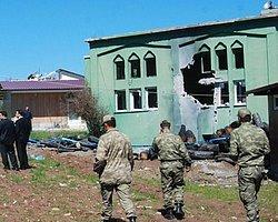 Suriye Roketi Yayladağı'nda Camiyi Vurdu