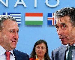 Ve NATO Rusya ile İlişkileri Dondurdu