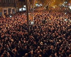 'Ağrı'ya İstanbul'dan Uçakla Polis Getirildi'