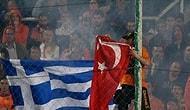 Tribünde Türk Bayrağı Yakıldı