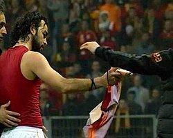 Selçuk Mancini'ye Öyle Bir Hareket Yaptı ki...