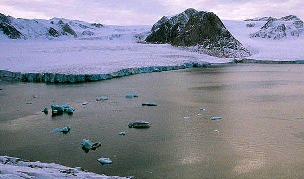 Dünya üzerindeki en kuzeyindeki kara parçası - Kaffekluben Adası