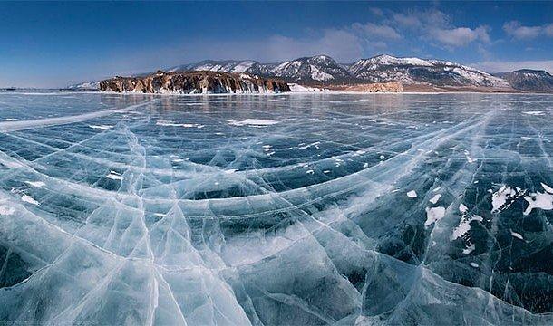 En derin göl - Baykal Gölü