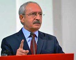 CHP Genel Başkanı Kemal Kılıçdaroğlu'na TBMM'de saldırıda bulunulması TBMM'ye giriş güvenliğinde çifte standart mı uygulanıyor sorusunu akıllara getirdi.