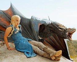 Game Of Thrones: İzlemeyeni Dövüyorlar!