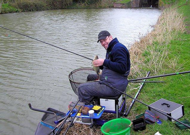 Пойманная удочкой рыба терпит меньше боли, чем пойманная сетями. Поэтому, она вкуснее.