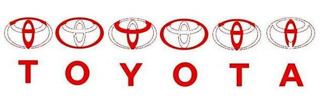 Логотип «Toyota» содержит все буквы в название бренда.