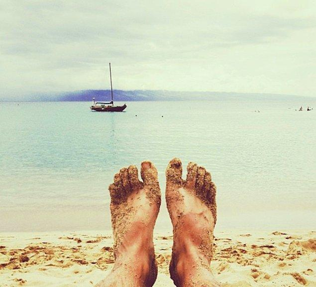 5. Instagramdan durmadan ayak fotoğrafı paylaşan hanım kızlarımız.