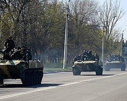 Rus Bayraklı Tanklar Ukrayna'da