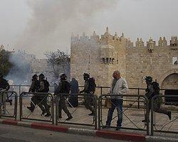 Mescid-i Aksa'da Saldırılar Sürüyor